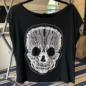Black Skull Tee - Great Condition